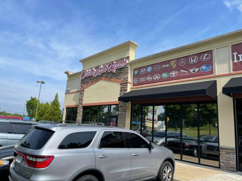Chloe's Auto storefront 3